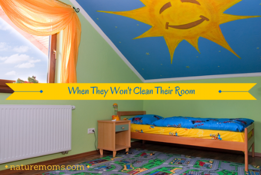Teaching Kids to Clean Their Bedroom